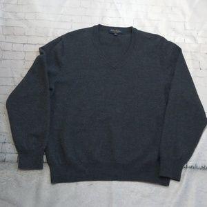 Brooks Brothers Saxxon Wool V-neck Gray Sweater